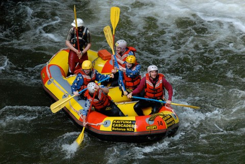 article-2-rafting
